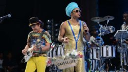 Carlinhos Brown lança nova obra musical.