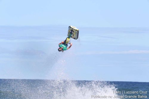 Bruno Jacob vence o 15º Jet Waves World Championship.